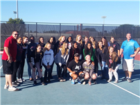 Girls Tennis Teams Watch Two Alumni Compete