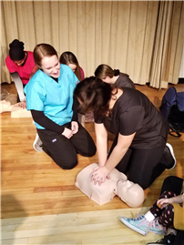 Anatomy Students Get Certified in CPR 2